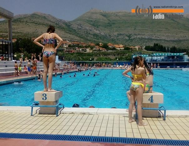 Завршена сезона купања на требињским базенима