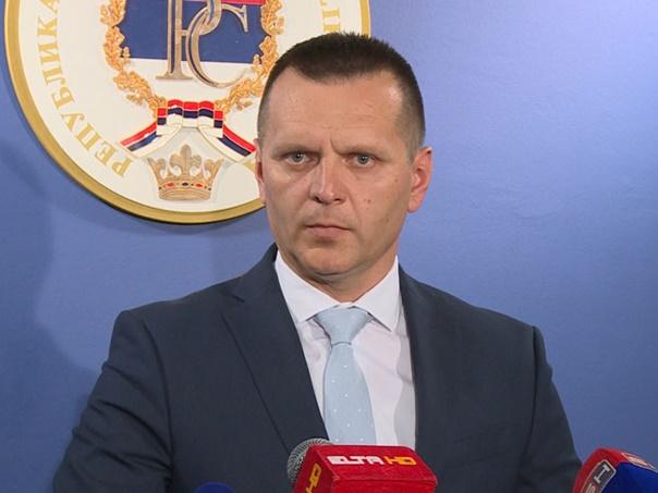 Лукач: Мигрантски центри неће бити формирани у Српској