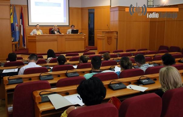 Шта доносе измјене закона о посредовању у запошљавању и здравственом осигурању?