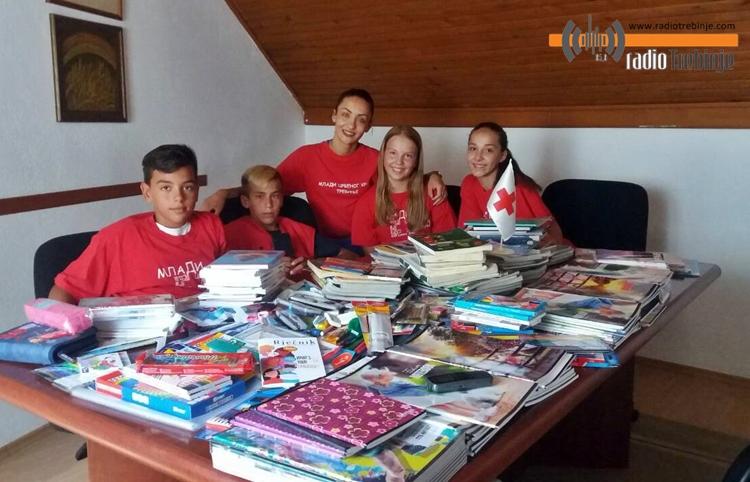 Прикупљен школски прибор за дјецу из социјално угрожених породица