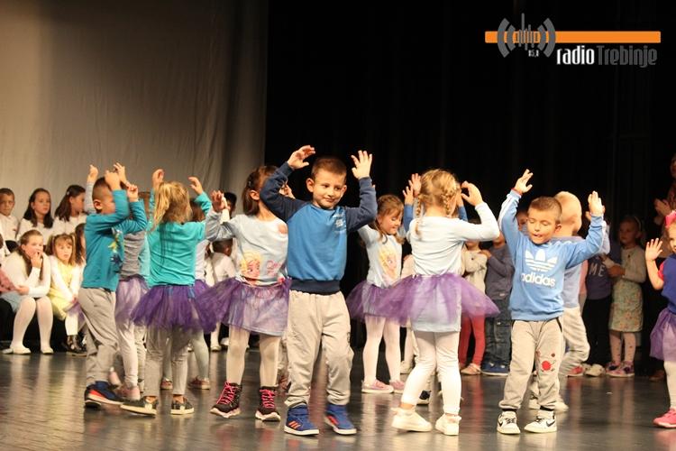 Богат програм требињских малишана поводом Дјечије недјеље (ФОТО)