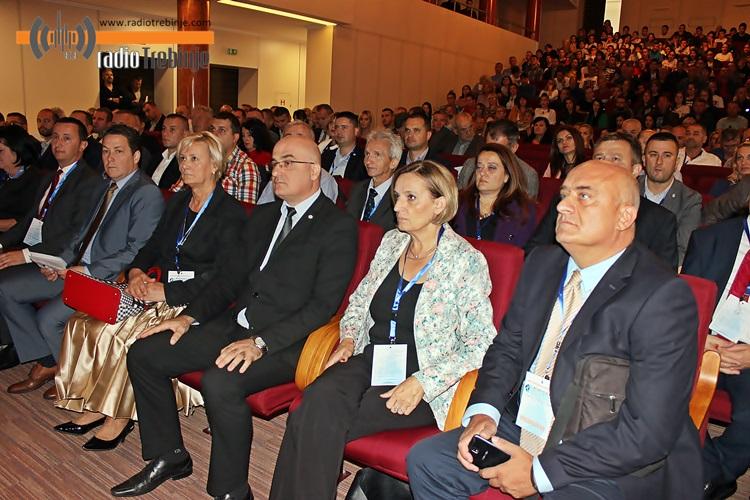 konferencija-klimatske-promjene.JPG (179 KB)
