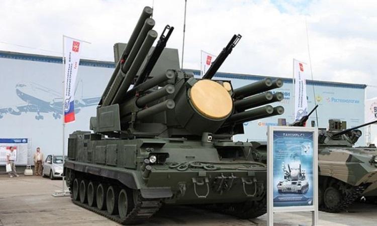 Србија од Русије наручила војну опрему вриједну 600 милиона долара