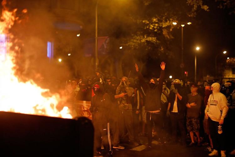 protesti.jpg (63 KB)