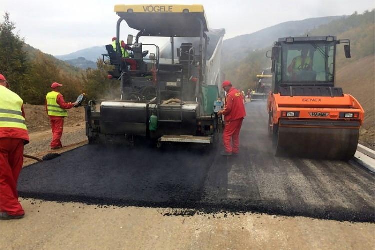 Почело асфалтирање дионице магистралног пута Билећа-Требиње