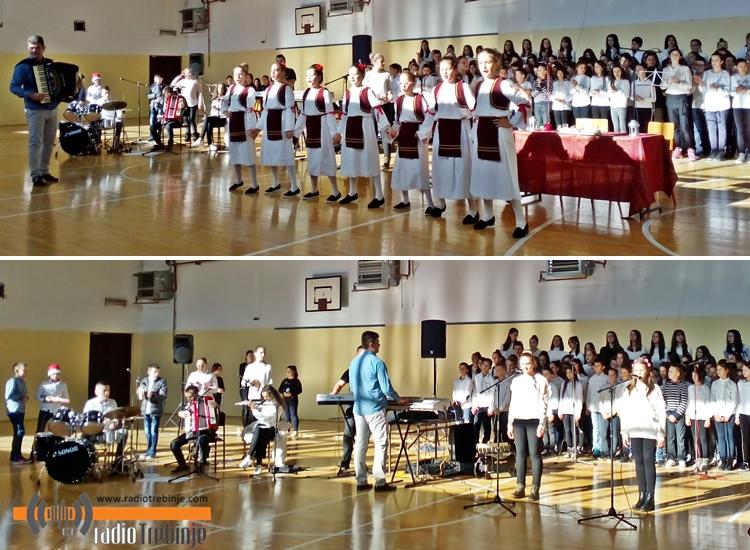 Школарци у Горици приредили новогодишњи концерт