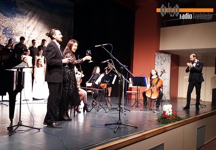 Свечаним концертом МУЗИЧКА ШКОЛА ОБИЉЕЖИЛА 65 ГОДИНА ПОСТОЈАЊА (ФОТО)