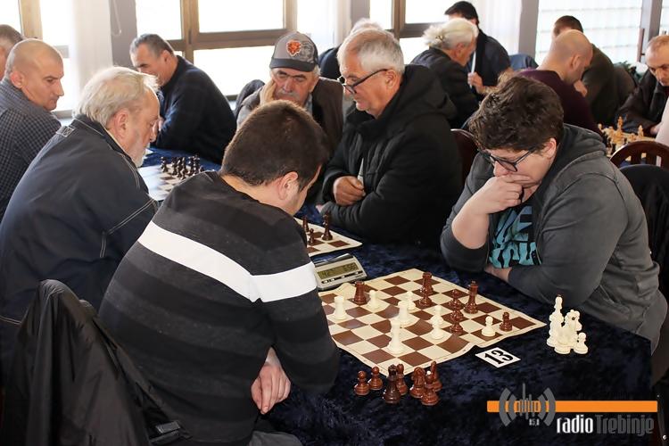 bozicni-sahovski-turnir-2.JPG (185 KB)