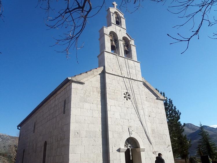petropavlov-manastir-3.jpg (220 KB)