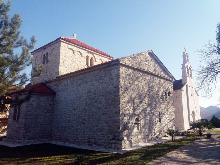 petropavlov-manastir.jpg (251 KB)