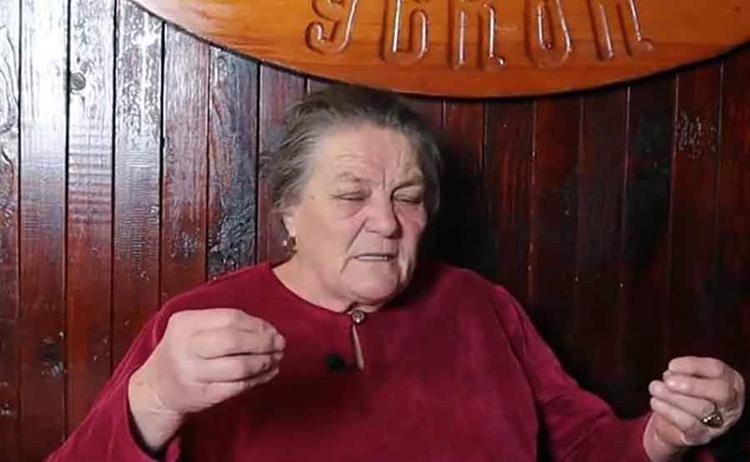 Жали за неким ВЕСЕЛИЈИМ ВРЕМЕНИМА: Ради већ 54 године и НИKАДА НИЈЕ УЗЕЛА годишњи одмор (ВИДЕО)