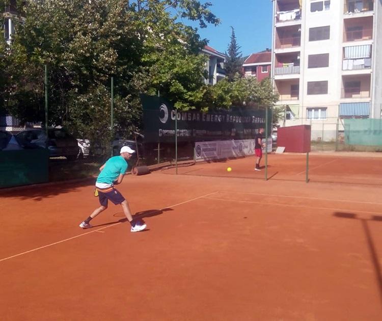 """Сутра показни тренинг на тениским теренима на """"Тини"""""""