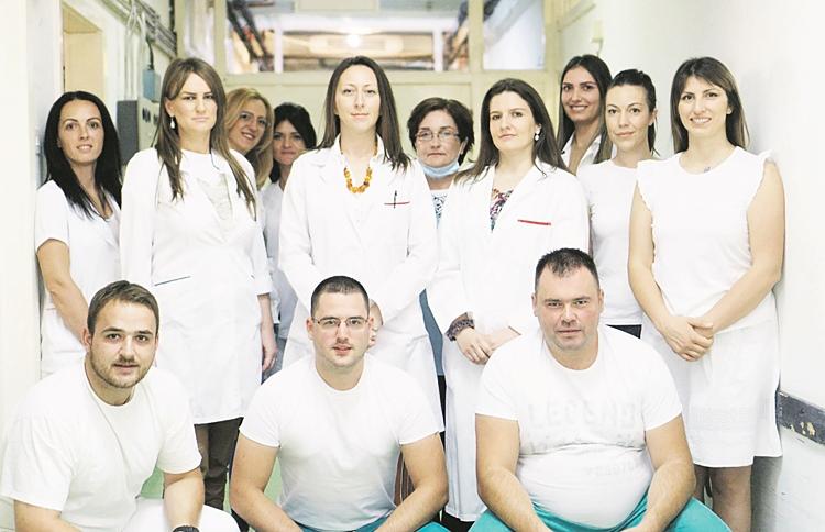 Odjeljenje anestezije i intenzivne njege, Tim sa kojim je lako raditi.JPG (139 KB)