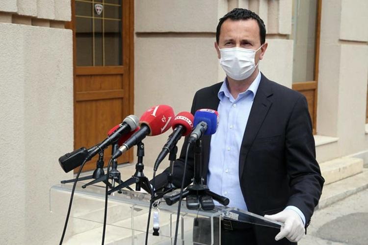 Мирко Ћурић: Сви обољели добиће правовремену медицинску заштиту (Аудио)