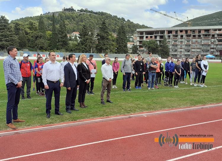 Отворено Првенство РС у атлетици, учествује преко 100 такмичара