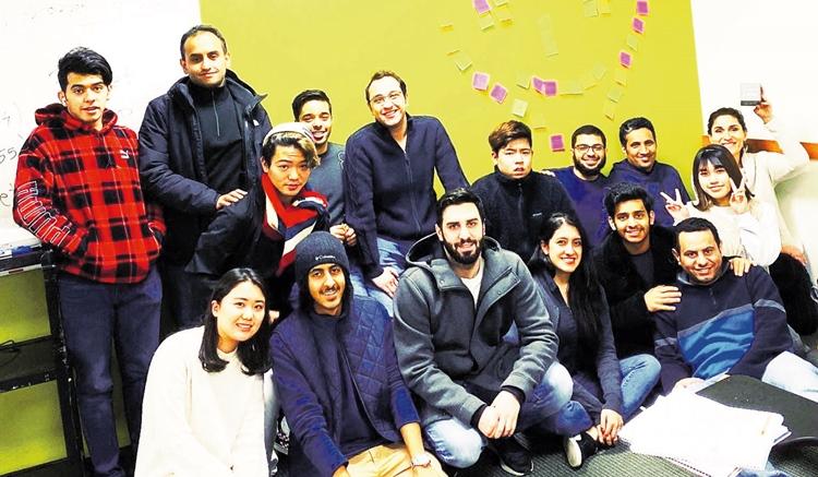 ana sa studentima 1.JPG (193 KB)