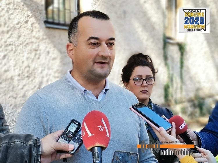 ДЕМОС - Јанковић: Позивам грађане да не насједају на предизборне махинације