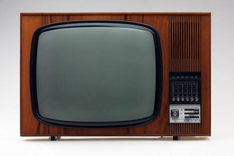 tv_0.jpg (70 KB)