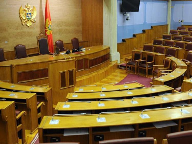 Скупштина Црне Горе усвојила измјене Закона о слободи вјероисповијести