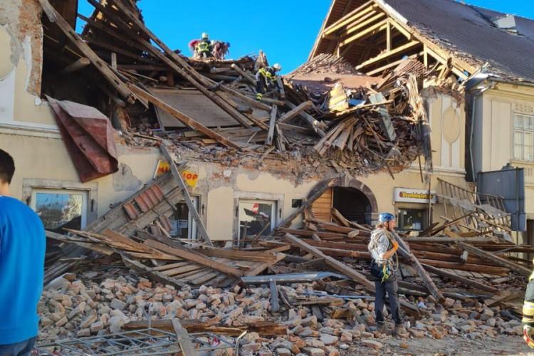 Zemljotres odnio najmanje sedam života