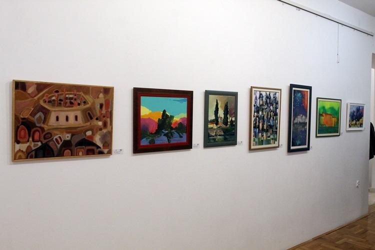 Muzej Hercegovine: Otvorena izložba slika 49 umjetnika iz regiona