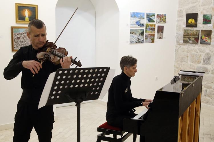 Одржан концерт Сњежане Поповић Вулета и Ивана Оташевића